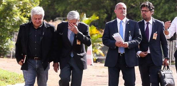 Marcos Aurélio (mais à direita) com os futuros ministros Onyx Lorenzoni (Casa Civil, à direita)), General Augusto Heleno (Defesa, ao centro) e Marcos Pontes (Ciencia e Tecnologia)