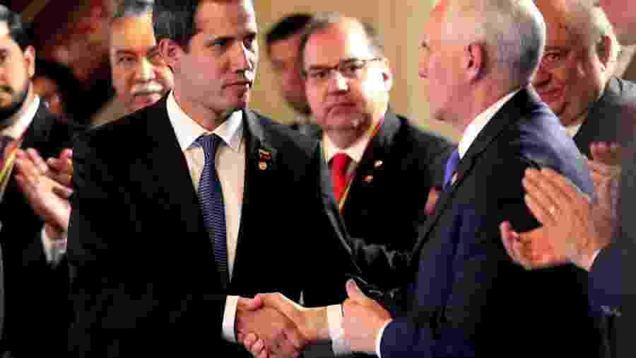 Juan Guaidó, autoproclamado presidente interino da Venezuela, e Mike Pence, vice-presidente dos EUA, em reunião do Grupo de Lima, na Colômbia - Luisa Gonzalez/Reuters