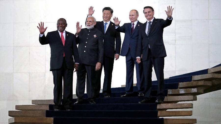 Presidentes Jair Bolsonaro, Vladimir Putin (Rússia), Xi Jinping (China), Narendra Modi (Índia) e Cyril Ramaphosa (África do Sul), antes da reunião dos Brics no Itamaraty, em Brasília - Ueslei Marcelino/Reuters