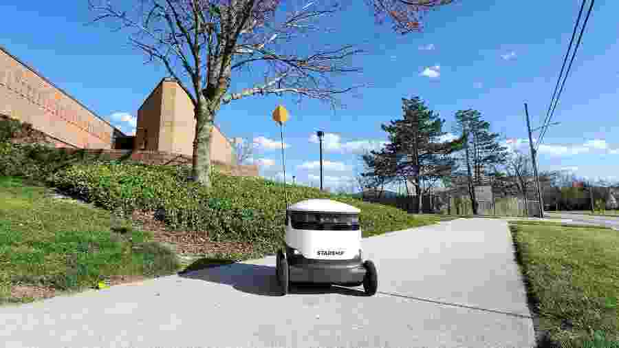Robô da Starship Technologies faz serviço de delivery em 12 localidades dos EUA - Starship Technologies