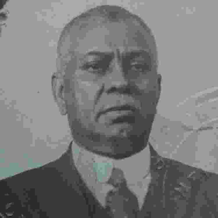 William Ellis em uma foto de passaporte de 1919 - ARQUIVO NACIONAL DOS EUA - ARQUIVO NACIONAL DOS EUA