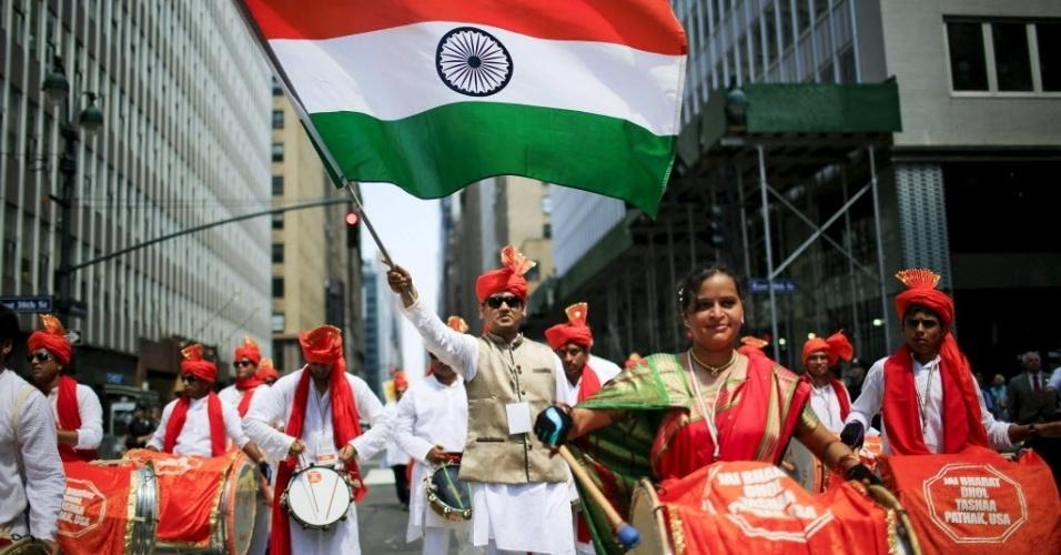 16.ago.2015 - Indianos participam da 35ª edição do dia de orgulho indiano em Nova York, nos Estados Unidos