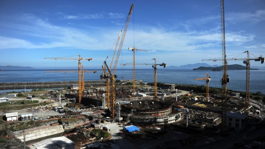 As obras foram paralisadas no final de 2015 em meio a denúncias de corrupção - Vanderlei Almeida/AFP