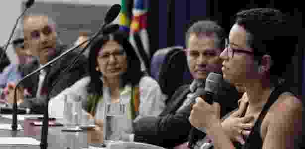 Debora Fabri (a primeira, à direita) foi convidada para falar no lançamento da Frente Parlamentar em Defesa do Direito de Manifestação e da Liberdade de Expressão, na Alesp - Cadu Bazilevski/Divulgação - Cadu Bazilevski/Divulgação