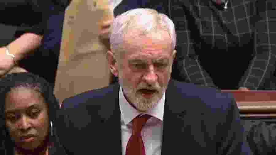 Líder trabalhista Jeremy Corbyn alfinetou proposta: