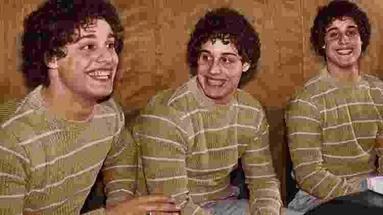 tgr4t55t4 - Three Identical Strangers/Reprodução - Three Identical Strangers/Reprodução
