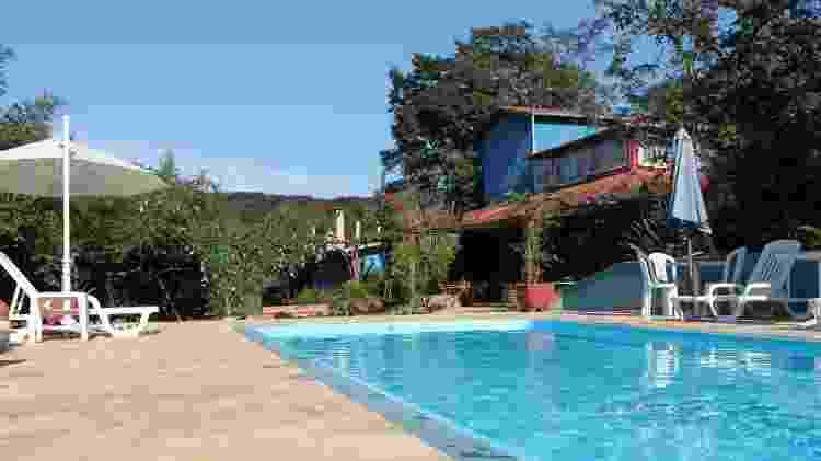 Foto de 2013 mostra piscina da Pousada Fazenda Nova Estância, em Brumadinho (MG). Estabelecimento foi destruído pela lama da barragem da mineradora Vale que se rompeu - Reprodução/Facebook - Reprodução/Facebook