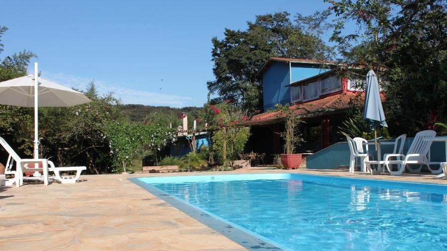 Foto de 2013 mostra piscina da Pousada Fazenda Nova Estância, em Brumadinho (MG). Estabelecimento foi destruído pela lama da barragem da mineradora Vale que se rompeu - Reprodução/Facebook
