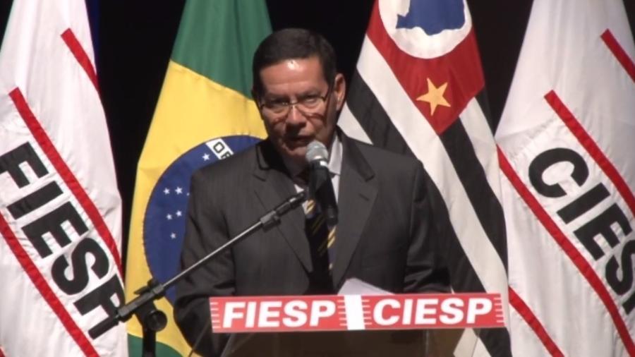 O vice-presidente, general Hamilton Mourão, faz discurso para empresários na Fiesp - Reprodução/Facebook/Fiesp