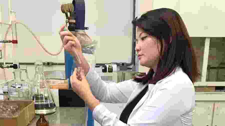 Leticia Takahashi, pesquisadora que teve que interromper o doutorado por falta de bolsa - Arquivo pessoal