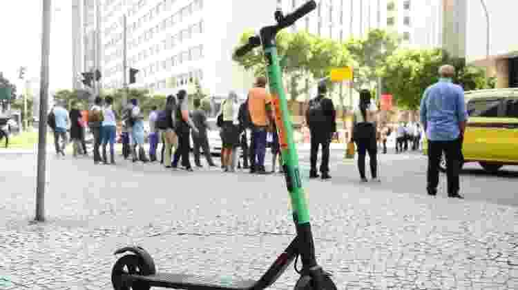 Cariocas usam patinetes elétricos no centro do Rio - Tomaz Silva/Agência Brasil