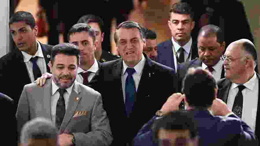 10.jul.2019 - Jair Bolsonaro na Câmara, ao lado do deputado pastor Marco Feliciano (Pode-SP) - Evaristo Sá/AFP