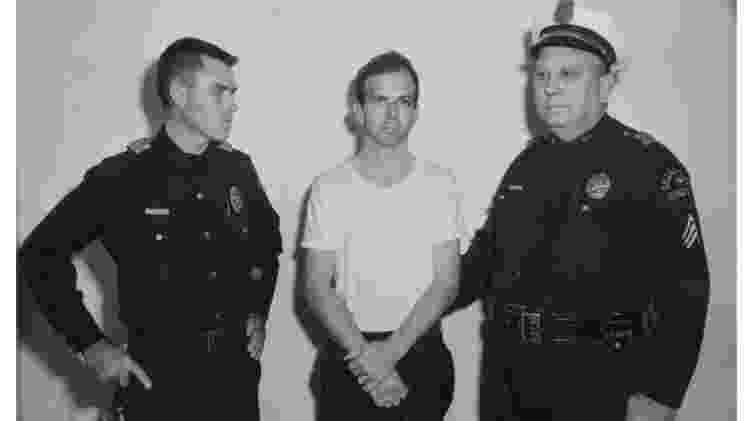 Após ser preso, Oswald negou a autoria do crime - Reuters - Reuters