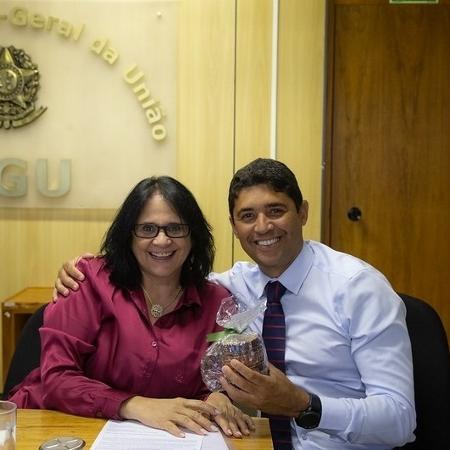 Damares Alves elogiou Wagner Rosário em publicação nas redes sociais - Reprodução/Twitter Damares Alves