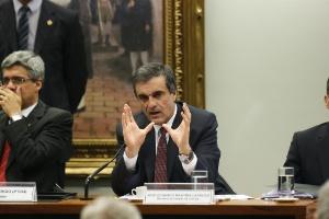 Advogado-geral da União José Eduardo Cardozo