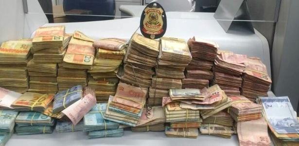 PF apreendeu R$ 400 mil em espécie, além de obras de arte e carros de luxo