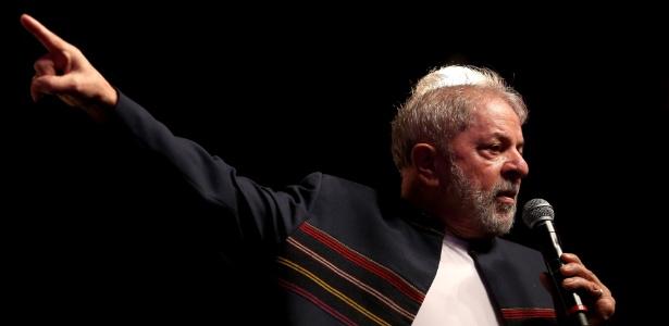 Lula participa de ato no Teatro Oi Casa Grande, na zona sul do Rio