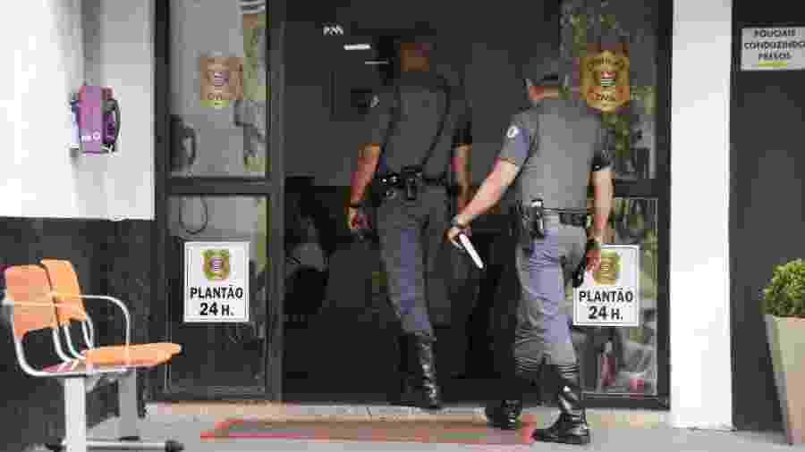 PMs foram ao 89º DP (Distrito Policial) prestar depoimento sobre tragédia ocorrida em Paraisópolis - 01.dez.2019 - Ronaldo Silva/Futura Press/Estadão Conteúdo