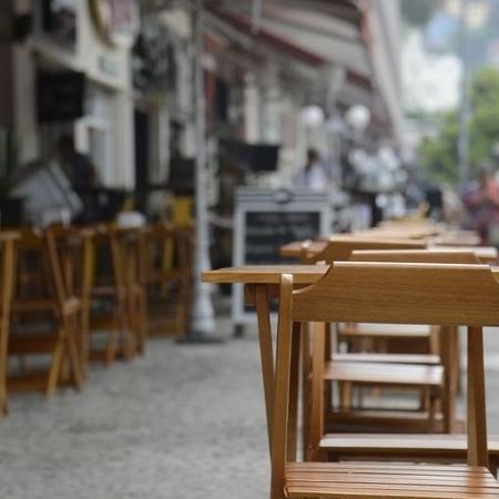 Como fez o Rio de Janeiro na semana passada, bares e restaurantes de São Paulo puderam reabrir as portas na segunda-feira - Agência Brasil