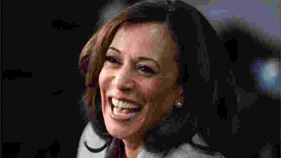 Kamala Harris, senadora pela Califórnia (EUA), foi anunciada pelo candidato democrata à presidência dos Estados Unidos, Joe Biden, como sua companheira de chapa contra Donald Trump - AFP