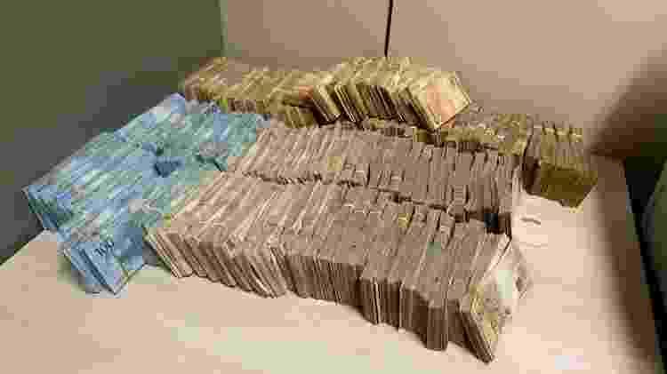 """11.set.2020 - Dinheiro apreendido na operação """"Status"""" da PF e da Senad contra o tráfico de drogas - Divulgação/PF - Divulgação/PF"""