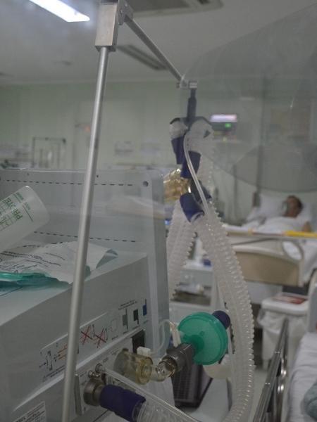 Em colapso, hospital de Xanxerê (SC) realocou funcionários e acomodou pacientes em espaços improvisados - Divulgação