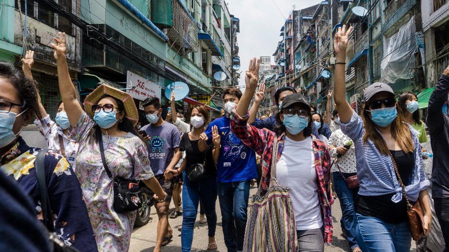 EUA e Reino Unido ampliam sanções contra militares de Myanmar - STR/AFP