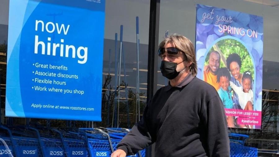 Economia dos Estados Unidos continua a se recuperar após a chegada da pandemia, mas cada vez mais empresas reclamam que não conseguem encontrar pessoal. O que está acontecendo? - Getty Images