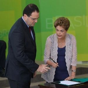 A presidente Dilma deu posse ao ministro da Fazenda, Nelson Barbosa, em dezembro