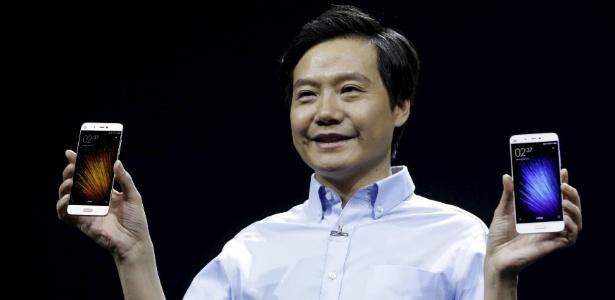 Lei Jun, presidente e cofundador da Xiaomi, apresenta o smartphone Mi 5 - Jason Lee/Reuters