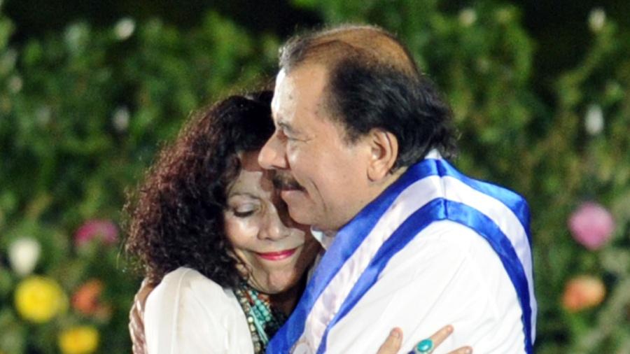 Congresso da governista Frente Sandinista da Nicarágua aprovou por unanimidade a candidatura à reeleição de Daniel Ortega a um quarto mandato sucessivo na Presidência nas eleições de novembro - Rodrigo Arangua/AFP