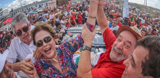 """Dilma e Lula participam da """"inauguração popular"""" da transposição do rio São Francisco"""