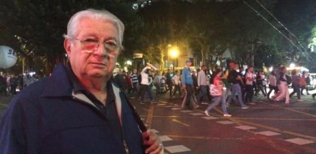 31.mar.2017 - Mesmo sendo aposentado, Antonio Funari, 75, participou da manifestação na avenida Paulista contra as reformas do governo Temer