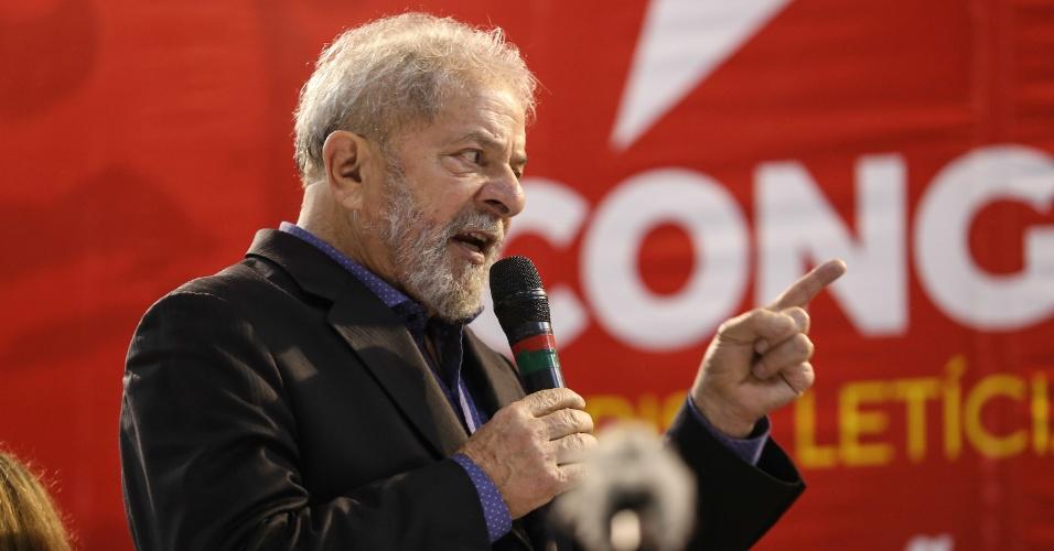 5.mai.2017 - Lula discursa durante 6º Congresso do PT, em São Paulo