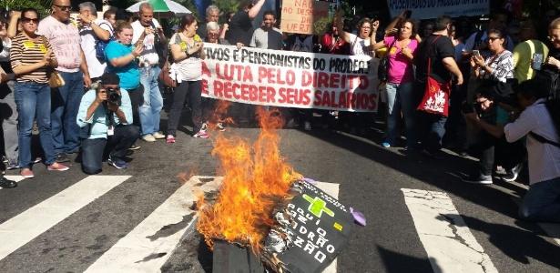 O atraso no pagamento foi um dos principais motivos dos protestos realizados pelos servidores do RJ durante todo o 2017