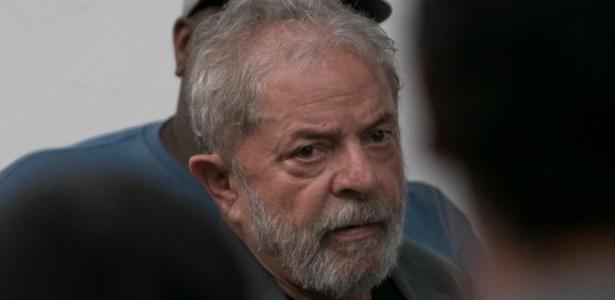 O ex-presidente Lula em março, durante viagem por Santa Catarina