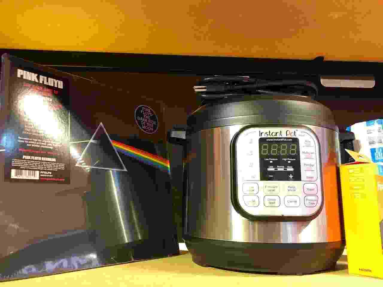Instant Pot é um dos produtos à venda na Amazon Brasil no final de 2019 - Marcella Duarte/UOL