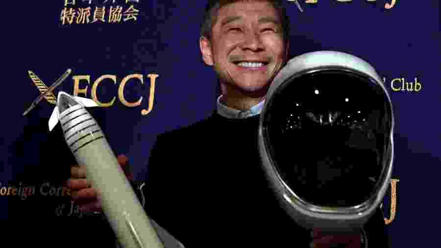 O bilionário japonês, Yusaku Maezawa, o primeiro passageiro que já pagou pela viagem da SpaceX, de Elon Musk, à Lua em 2023 - Toshifumi Kitamura/AFP