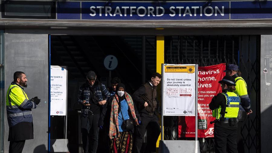12.mai.2020 - Metrô em Londres após o Reino Unido começar a flexibilizar as regras de isolamento social - Justin Setterfield / Getty Images