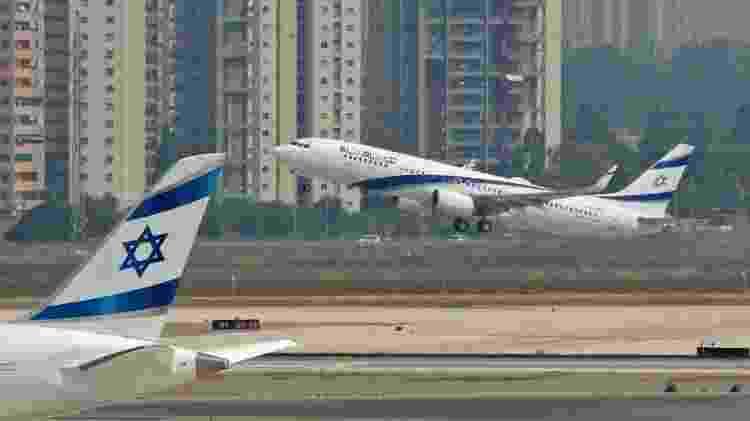 Avião decola do aeroporto de Ben Gurion, em Tel Aviv - JACK GUEZ / AFP - JACK GUEZ / AFP