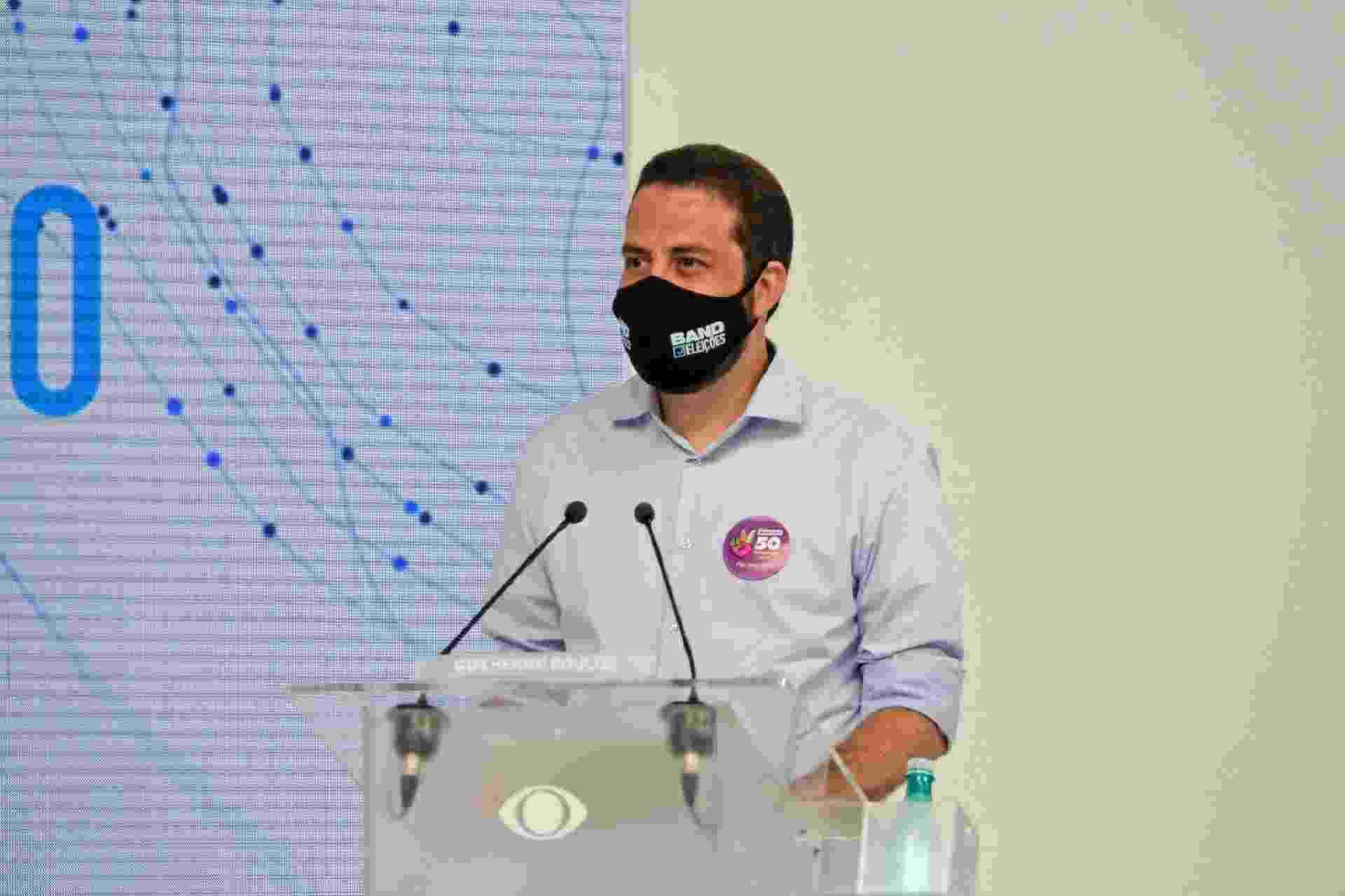 O candidato do PSOL à Prefeitura de São Paulo, Guilherme Boulos no debate da Band - Kelly Fuzaro/Band