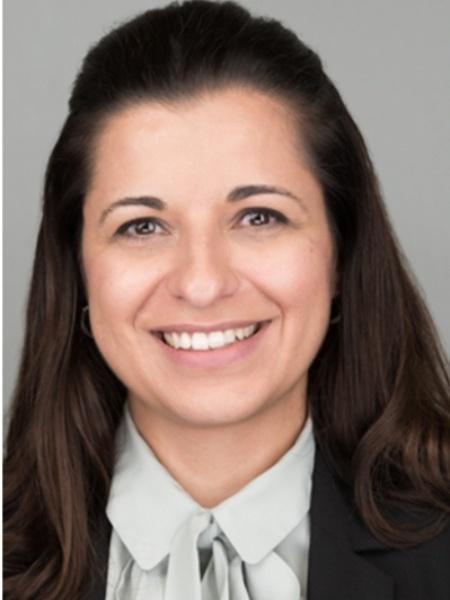 No Reio Unido desde 2010, Daniela Ferreira lidera estudos sobre vacinas contra pneumonia e, recentemente, contra o novo coronavírus - Arquivo Pessoal