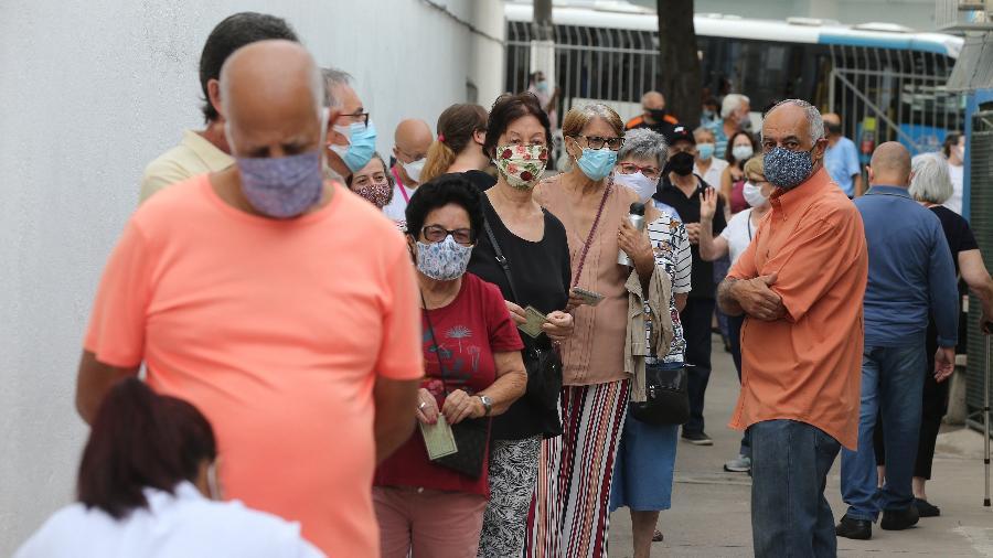 No total, 7.671.525 pessoas receberam pelo menos uma dose de vacina contra covid-19 no Brasil - Rivaldo Gomes/Folhapress