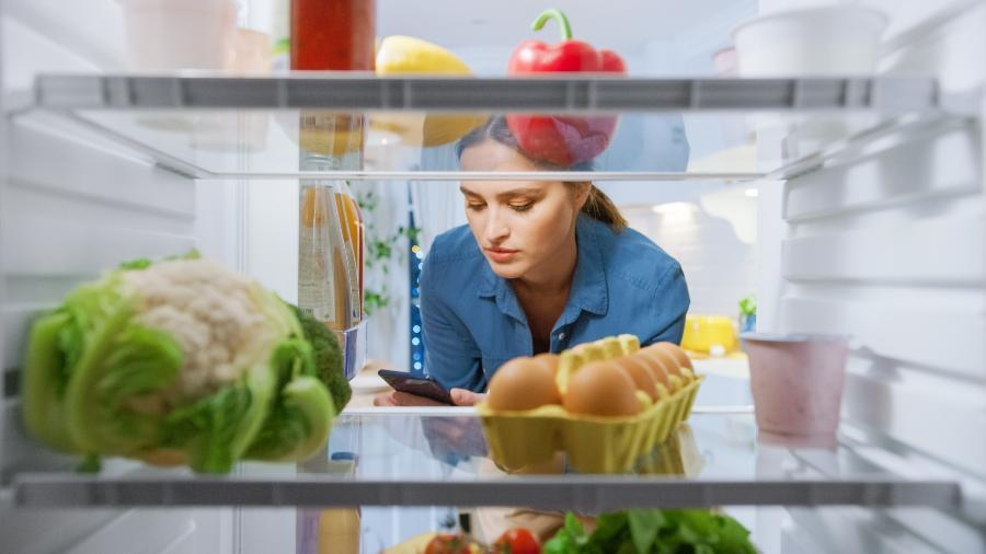 Celular na geladeira ajuda a salvar a bateria? - Getty Images/iStockphoto