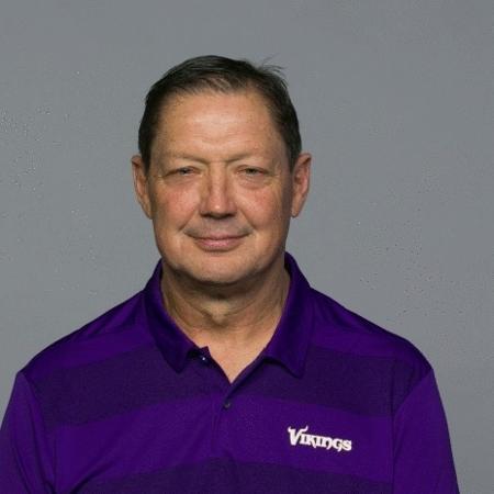 Rick Dennison, ex-assistente do Minnesota Vikings - Reprodução/Vikings.com