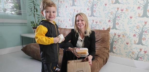 'Nunca precisei fazer uma papinha de bebê na vida', diz a advogada Kelly Schwartz, que matriculou o filho aos quatro meses em escola faz-tudo