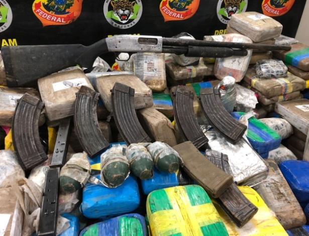 Armamento e drogas apreendidos pela Polícia Federal no Amazonas