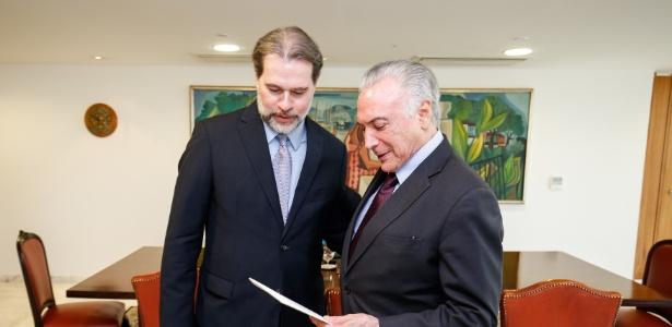 30.ago.2018 - Dias Toffoli encontra o presidente Michel Temer para convidá-lo para sua posse - Alan Santos/Presidência