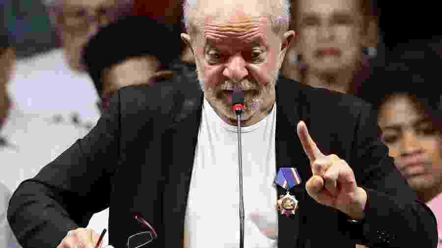 22.nov.2019 - O ex-presidente da República Luiz Inácio Lula da Silva participa da abertura do 7º Congresso Nacional do Partido dos Trabalhadores (PT), na Casa de Portugal, no bairro da Liberdade, região central da capital paulista, na noite de ontem (22). 22/11/2019 - Foto: VILMAR BANNACH/PHOTOPRESS/ESTADÃO CONTEÚDO - VILMAR BANNACH/PHOTOPRESS/ESTADÃO CONTEÚDO