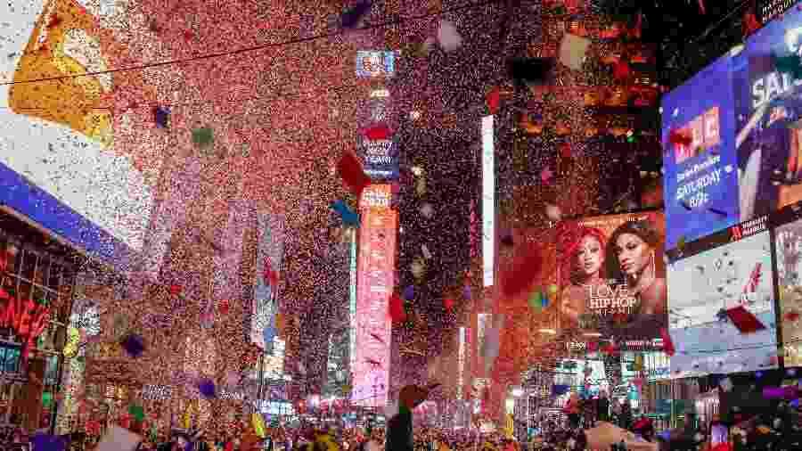 Imagem de festa de Ano-Novo na Times Square, em Nova York, nos Estados Unidos - Reuters